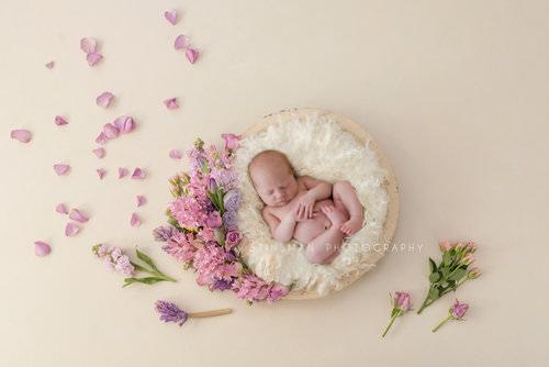 newborn+wall+art+piece+baby+photo+in+burlington+new+jersey