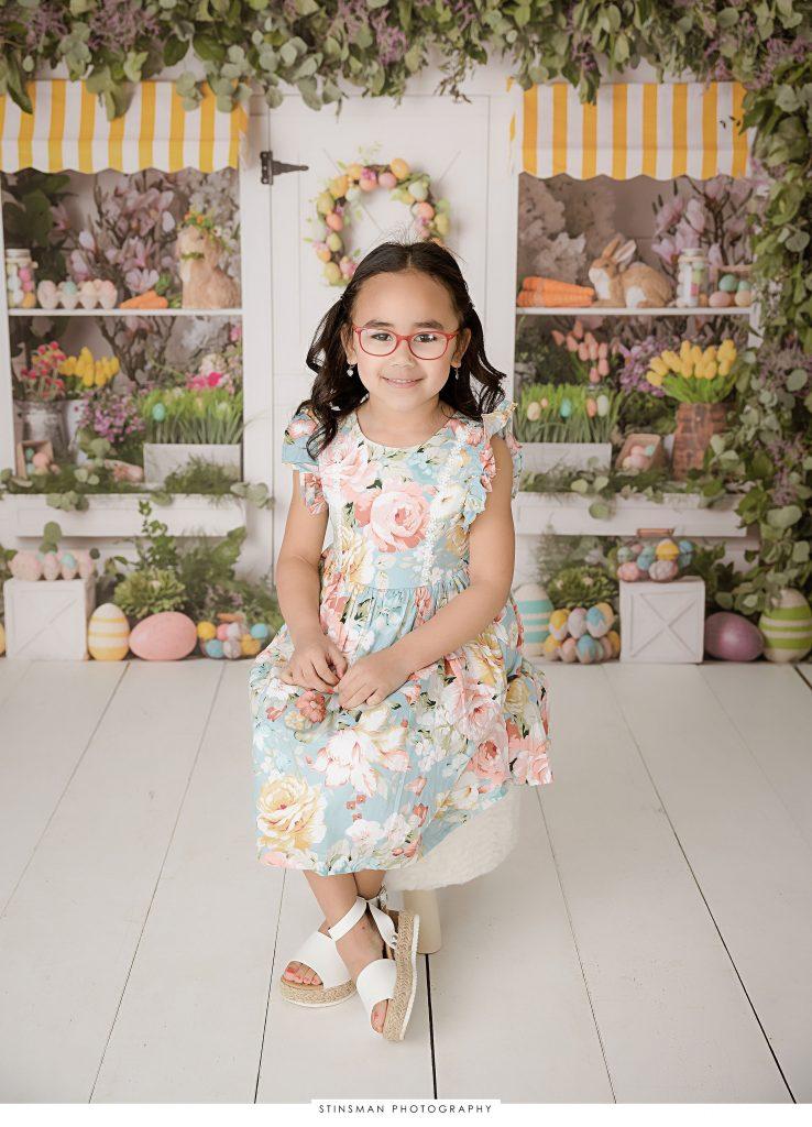 Little girl posing at her Easter mini photoshoot