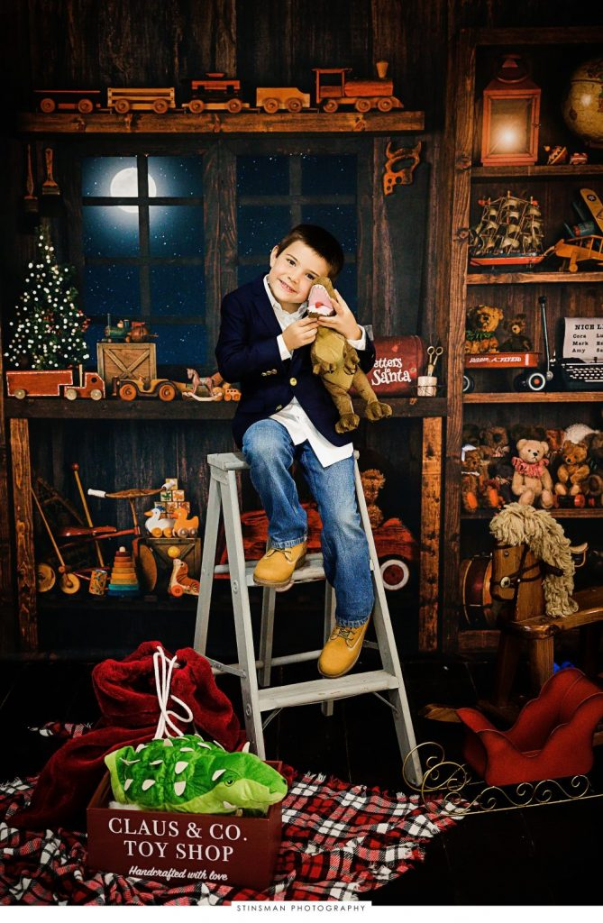 Santa's toy shop photo shoot